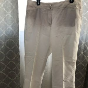 WHBM White Pant 14 Short Straight Leg